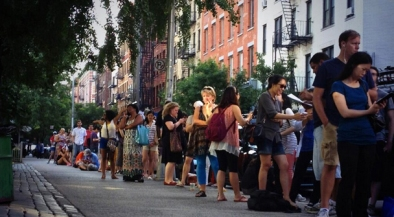 cronuts-line-outside-soho-bakery